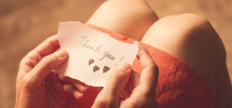 Rituelen om verbondenheid van je relatie en gezin te versterken